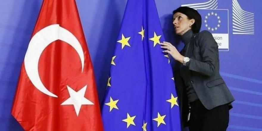 AB'den Türkiye raporu: Birçok alanda geriye gidiş yaşandı