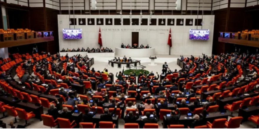 Tezkere geçti: CHP, HDP, TİP hayır, DEVA çekimser, AK Parti, MHP, İYİ Parti ve Memleket Evet