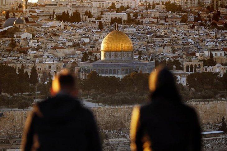 Trump Kudüs'ü İsrail'in başkenti olarak tanıdı!