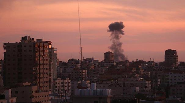 İsrail, Gazze'yi vurdu