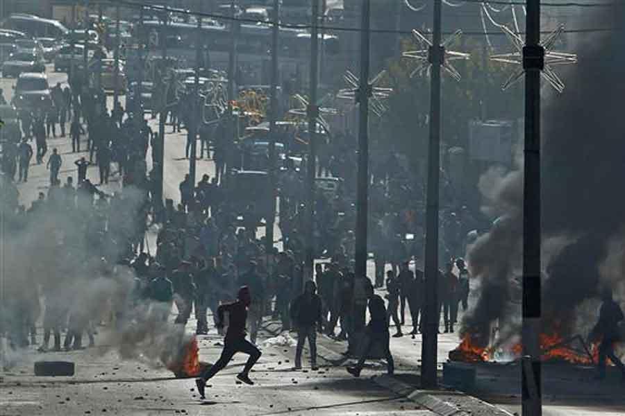 'Öfke Cuması'nın Bilançosu: 2 ölü 300'e yakın yaralı