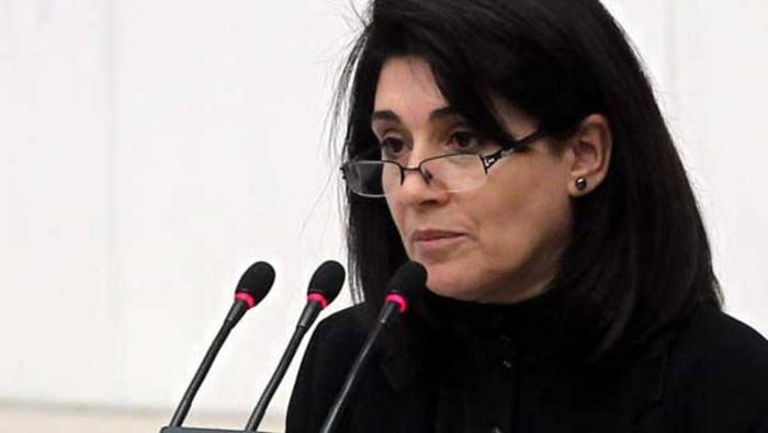 PAK: Leyla Zana'nın Milletvekilliği'nin Düşürülmesi Kürtlere Tahammülsüzlüğün Göstergesidir