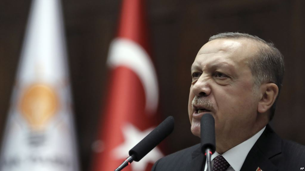Erdoğan Efrin'i yine tehdit etti: Vuruyoruz, vurmaya devam edeceğiz!