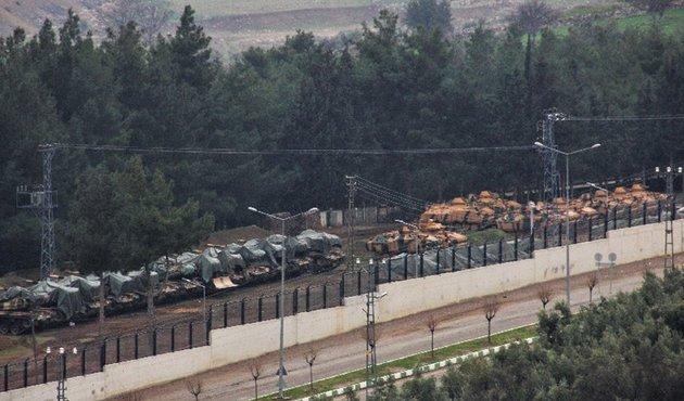 Afrin/ TSK 7 noktada duvarları kaldırdı
