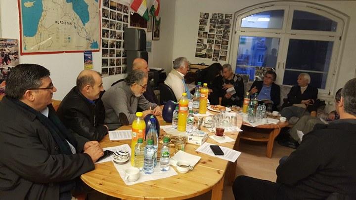 PAK Genel Başkanı Mustafa Özçelik Hamburg'da Kürt sivil kurumları, parti ve şahsiyetlerle görüştü