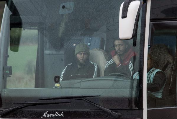 Sınırötesi hareketlilik, Afrin'den Azez'e mi kayıyor? 20 otobüs dolusu ÖSO militanı Türkiye'den Azez'e sevk edildi!