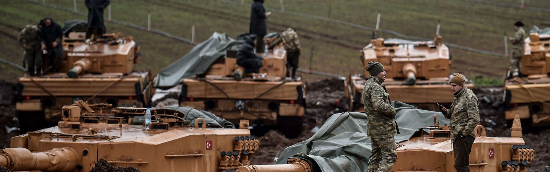 Rus uçaklarından Türk konvoyuna uyarı ateşi iddiası