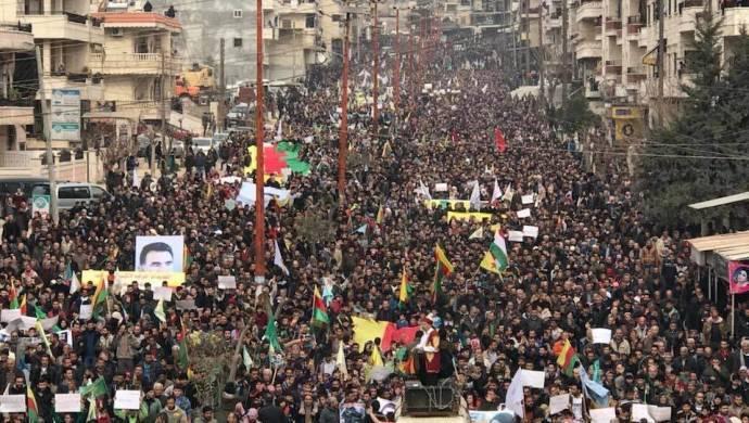 Efrin'de kitlesel yürüyüş