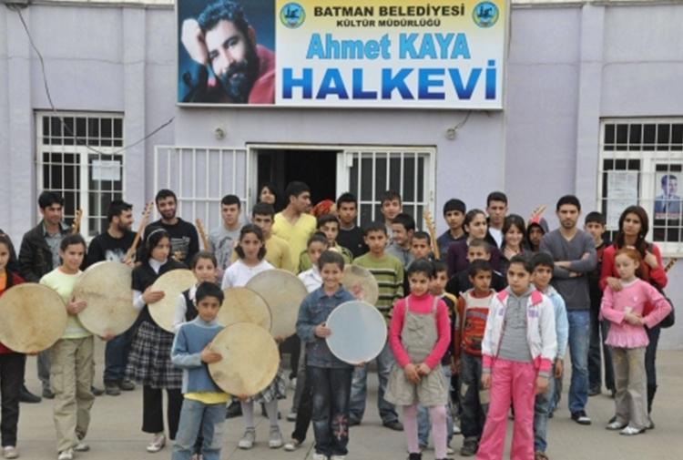 Kayyum Ahmet Kaya, Edip Solmaz ve Mehmet Sincar'ın adını sildi