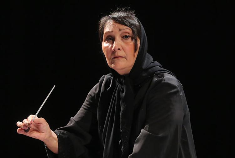 İran'da tabuları yıkan orkestra şefi: Nezhat Amiri