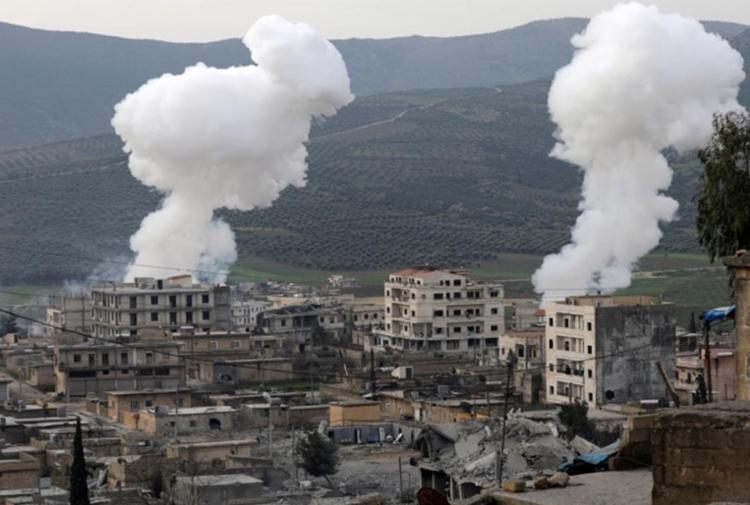 Afrin'e saldırı 44. gününde: 'Türk jetleri Afrin'de Suriye ordusuna bağlı birlikleri yine vurdu'