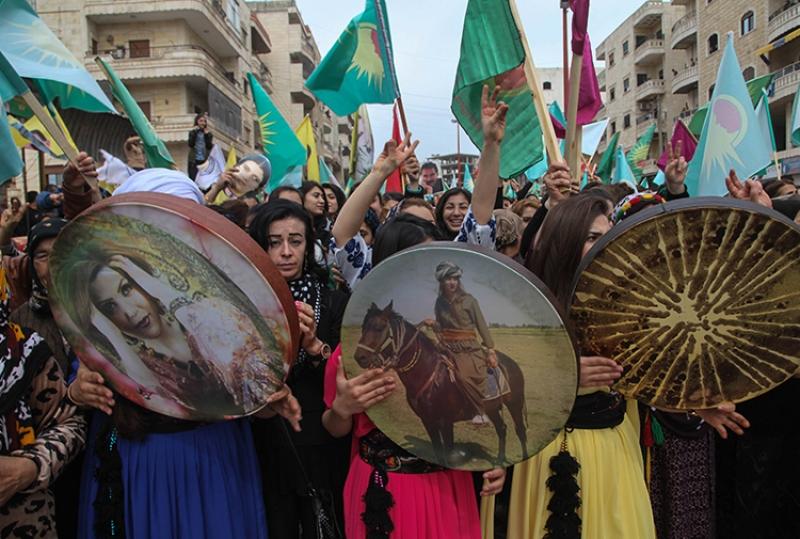 Afrin 8 Mart'ı selamladı