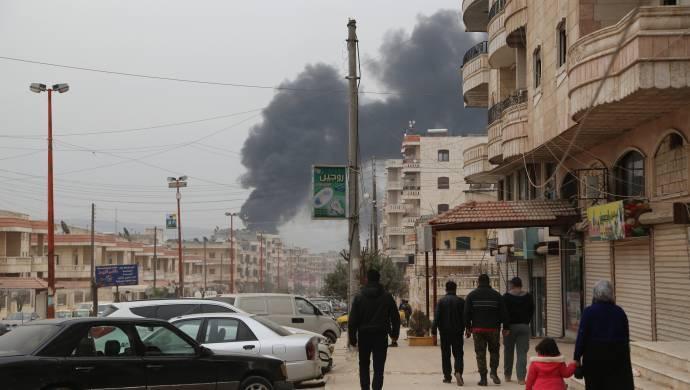 Afrin'de son durum: 850 bin kişinin olduğu kentte fırınlar vuruldu, su hatları kesildi