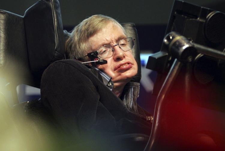 Ünlü bilim insanı Stephen Hawking hayatını kaybetti