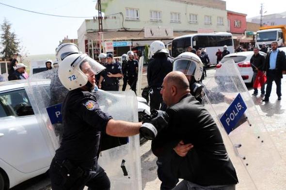 Hasankeyflilerden tahliye kararına tepki