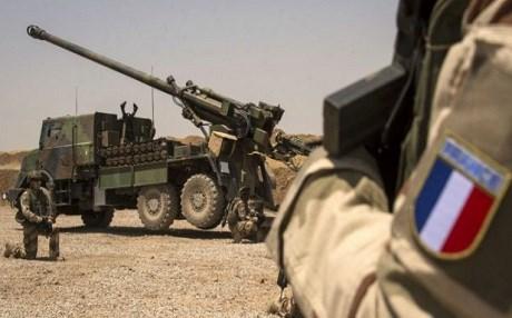 Fransa Afrin'e üst düzey askerlerini yolladı
