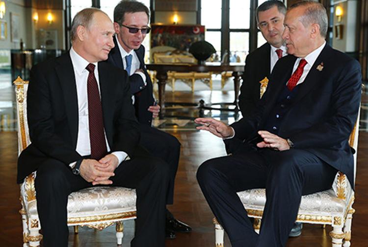 Erdoğan'la görüşen Putin: Kürtler Suriye'de tüm siyasi süreçlere katılma hakkına sahip