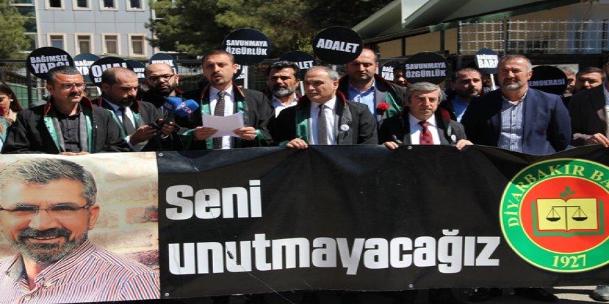 Diyarbakır Barosu Elçi'siz, Avukatlar Günü'nü buruk kutladı