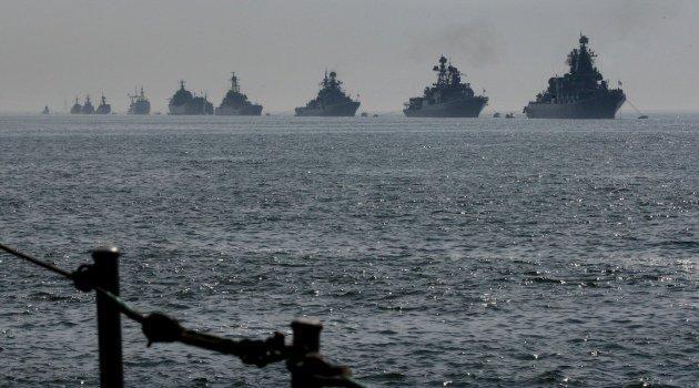 Rusya savaş gemilerinin Suriye limanını terkettiğini doğruladı