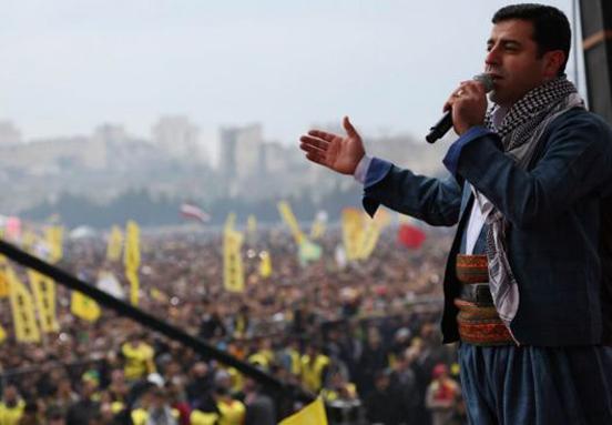 Demirtaş'ın tutukluluğuna devam kararı!