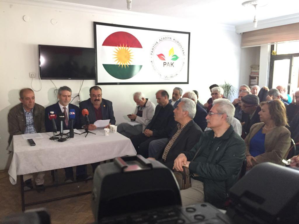 PAK Teşkilatlarında Enfal Katliamı ve Cibranlı Halil Bey ve arkadaşlarının şahadetleri dolayısıyla seminer verildi