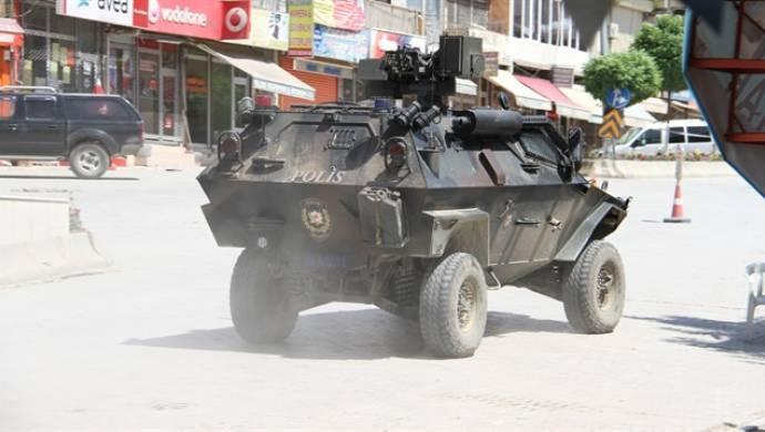 Yine zırhlılar işbaşında...Mardin'de zırhlı araç 50 yaşındaki bir kadına çarptı