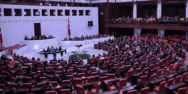 """Mecliste """"Kürt İlleri"""" tahammülsüzlüğü: """"Kürt illeri, neresi o yer; yok öyle bir şey"""""""