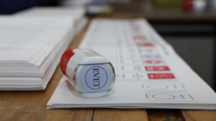The Times'tan seçim başyazısı: Ne Özgür Ne de Adil, zırva bir seçim olacak