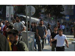Van'da HDP mitingi sonrası polis saldırısı