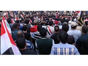 Irak'ta gösteriler Bağdat'a kadar uzandı..Başkent'te internete erişim engeli getirildi