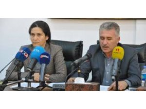 Esad'ın YPG'ye 12 madddelik teklifi..Özerklik mi federasyon mu?