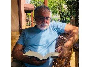 Cemil Turan Bazidi 'Azad Adım Benim' romanıyla UNESCO Özel Akademik Ödülü'ne layık görüldü