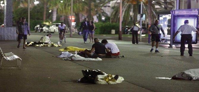 Fransa'da terör saldırısı en az 84 kişi öldü