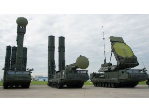 Rusya Suriye'ye S-300 sevkiyatını başlattı
