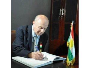 """""""Darbeye karşıyız, hükümetin yanındayız"""" diyerek, Kürdistan'da Türk bayrağı sallamak doğru değildir."""""""