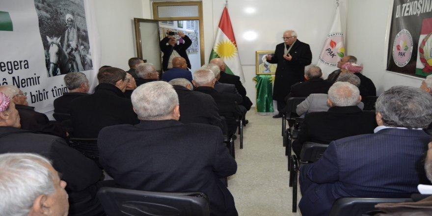 Batman PAK'ta Barzani anması