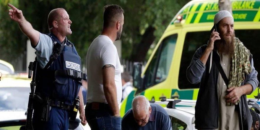 Camiye saldırı 40 ölü