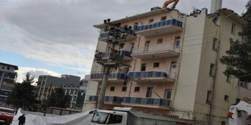 Bismil'de belediyeye tahsis edilen bina yıkıldı