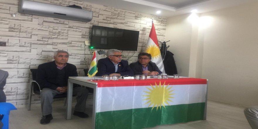 Mustafa Özçelik ve Mesut Tek'ten Mardin'de bilgilendirme toplantısı