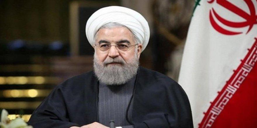 Ruhani: İran ekonomisi Irak savaşı döneminden kötü durumda