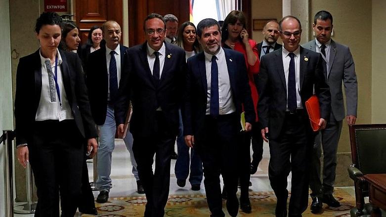 Tutuklu Katalan siyasetçilere mazbata izni