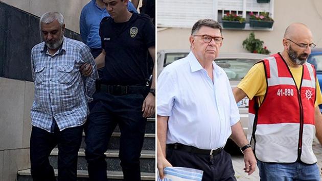 FETÖ Operasyonlarında Gazeteci Bulaç da Tutuklandı