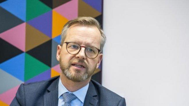 İsveç İçişleri Bakanı: Kürtler ile ilişkiler yoğunlaştırılmalı