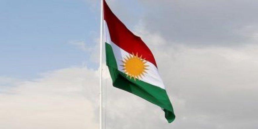 """""""Kuzey Irak bayrağı protokole çekildi, suç olamaz"""""""
