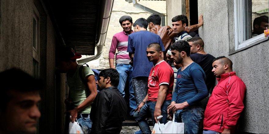 Danimarka göçmenlere memleketlerine geri dönmeleri için para teklif ediyor