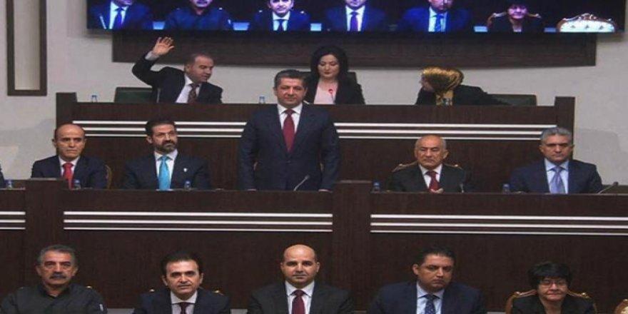 Başbakan Mesrur Barzani'den bakanlara: Yurtseverlik ruhuyla hizmet edin