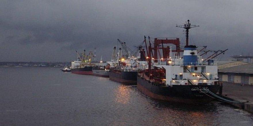 Türkiye Bandıralı Gemi Korsanlarca Kaçırıldı