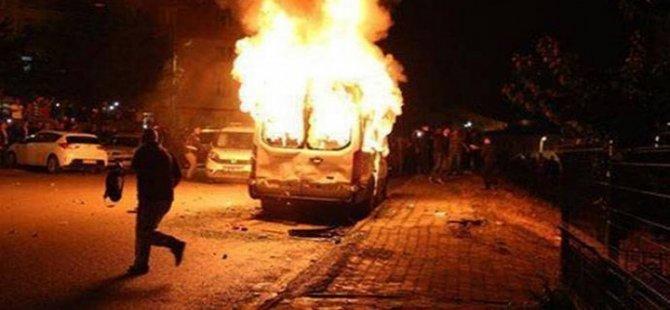 """""""Öğrenciler Kürt olduğu için satır, pala, sopa ve taşlarla kaldığımız yurda saldırdılar"""""""