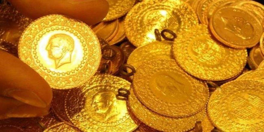 Gram altın bir ayın zirvesinde
