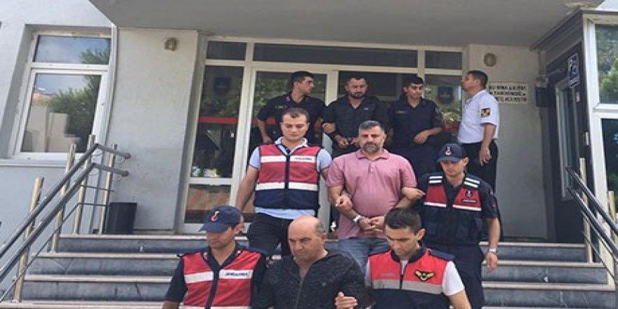 Sakarya'da tartıştıkları Diyarbakırlı işçiyi kafasından vurdular